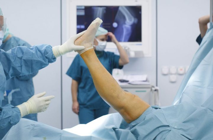A few reasons to go to an orthopedic surgeon
